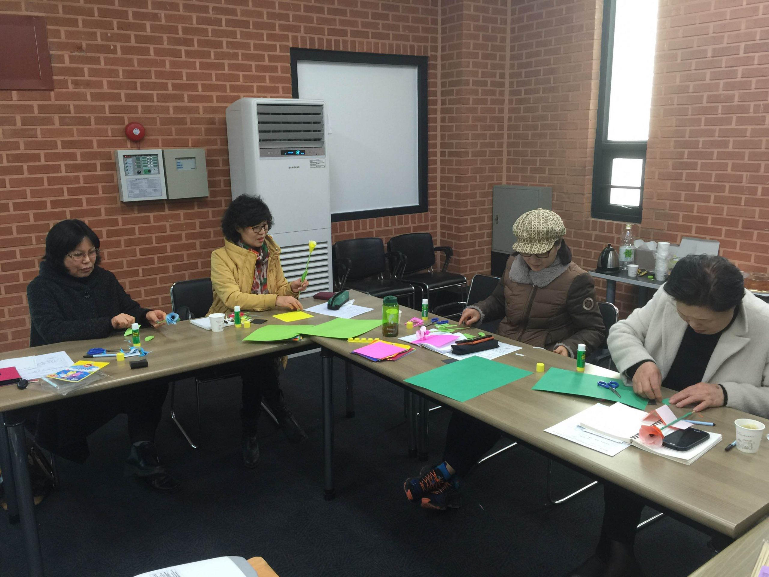 South Korea Residents Receive Free English and Bible Lessons
