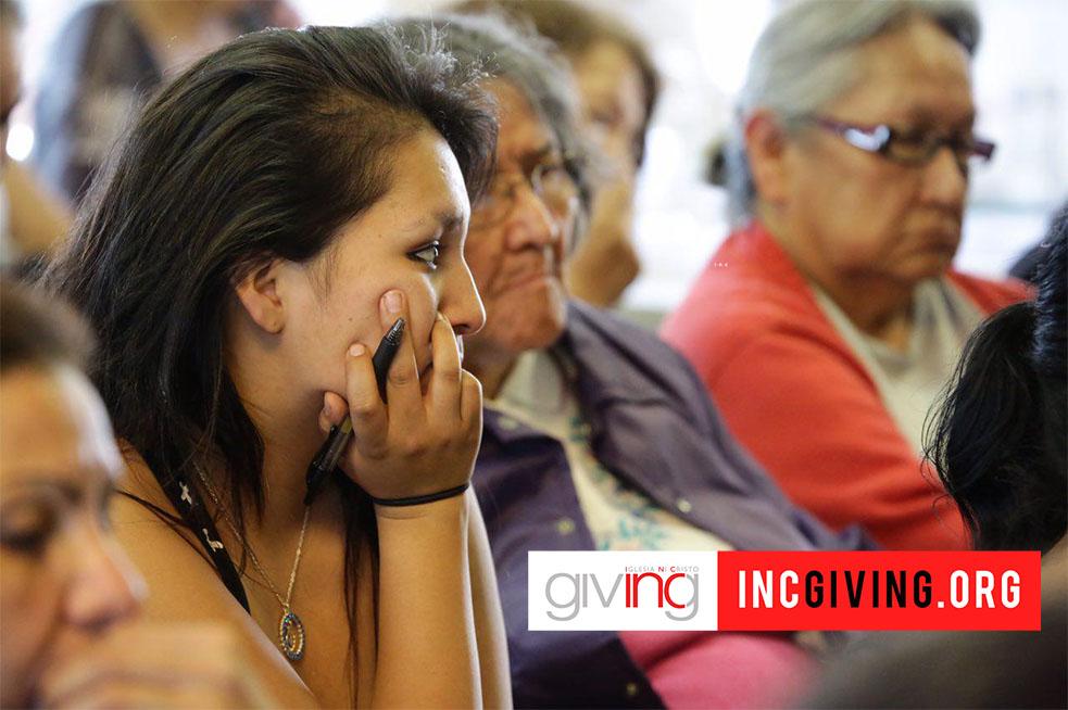 INCG-NMW-South_Dakota-Native Americans of Pine Ringe Indian Reservation_22